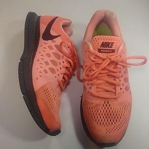 Nike Pegasus 31 Pink Size 7 Running Shoes 😍